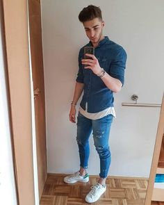 50 Ideas De Moda Con Jeans Para Hombres 50 Fashion Ideas With Jeans For Men Stylish Mens Outfits, Casual Outfits, Men Casual, Fashion Pants, Mens Fashion, Fashion Outfits, Double Denim, Fashion Catalogue, Super Skinny Jeans