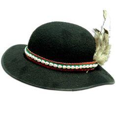Highlander's hat