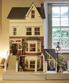 Original Sid Cooke Dolls House complete with furniture figures lighting Victorian Dolls, Victorian Dollhouse, Diy Dollhouse, Vintage Dolls, Dollhouse Miniatures, Dollhouse Design, Modern Dollhouse, Vintage Paper, Miniature Houses