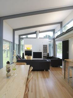 Contemporary Bark House In Hamilton, New Zealand by Herbst Architects Contemporary Interior, Modern Interior Design, Interior Architecture, Steel Frame House, Steel House, Roof Design, House Design, Studio Loft, Plafond Design