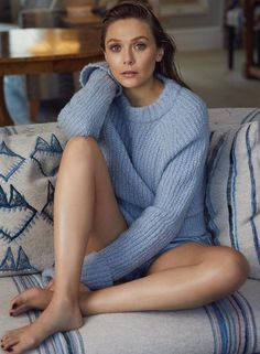 Elizabeth Olsen is a 28 year old actress and model, the sister of those most famous Olsen sisters. Scarlett Johansson Corpo, Gal Gadot, Divas, Wanda Marvel, Thor Marvel, Captain Marvel, Olsen Sister, Elizabeth Olsen Scarlet Witch, Olivia Von Halle