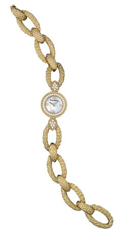 Serpent Jewelry Watch , a Maison Boucheron Watch creation. A Boucheron creation tells a Story, that of the Maison and your own.
