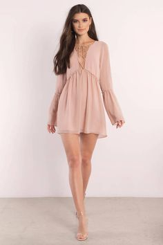 Born free in the Rose Addy Lace Up Shift Dress. You'll feel super light, sexy, and free in this layered long sleeve dress featuring lace up front and Simple Dresses, Casual Dresses, Short Dresses, Black Dress With Sleeves, Dresses With Sleeves, Long Sheer Dress, Semi Formal Dresses, Country Outfits, Classy Dress