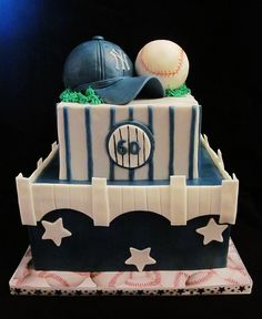 New York Yankees Birthday Cake.I would like it better if it was San Francisco Giants cake Baseball Birthday Cakes, 60th Birthday Cakes, 6th Birthday Parties, Baseball Cakes, Baseball Food, Baseball Stuff, Birthday Bash, Yankee Cake, Sport Cakes