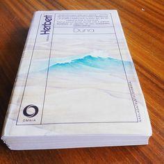 Konečně jsem jí sehnal :)  #FrankHerbert #Dune #FrankHerbertDune #Book #Books #CoPraveCtu #PraveCtu #DnesCitam #InstaBook #InstaBooks #igerscz #bookworm #bookaddict #welovereading #MilujemeKnihy #Nas_Svet by slezy596