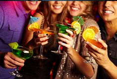 Browse our easy mocktails ideas to find out how to make tasty non-alcoholic cocktails to serve at your New Year's Eve party. Happy Hour Bar, Happy Hour Food, Pawleys Island Restaurants, Tamarind Restaurant, New Years Cocktails, Romantic Anniversary, Boys Are Stupid, Indian Sweets, Daiquiri