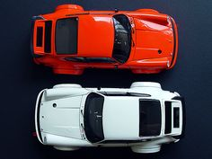 Red or white ???  Doesn´t matter...If it´s a Nine-Eleven, the choice is yours...  PORSCHE !!!!