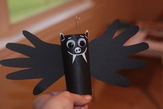 Easy Halloween Crafts | Here's another easy Halloween craft for the kids. Toilet roll bats ...