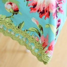 this has several different types of scalloped edges  crochet scallop edge pillowcase