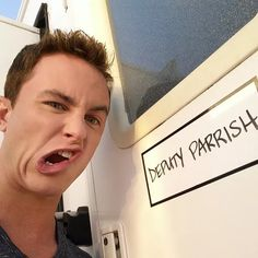 Teen Wolf Season 5 Behind the Scenes Ryan Kelly Parrish trailer pulls face 021015