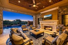 Outdoor Living Spaces with Fireplace or Fire Pit – Outdoor And Patio Ideas, Designs and DIY Plans. Outdoor Rooms, Indoor Outdoor, Outdoor Living, Outdoor Decor, Luxury Interior, Decor Interior Design, Interior Design Living Room, Room Interior, Building A Porch
