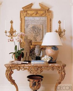 #FBF to these inspired #asianantiques from Charles Jacobsen at home in the residence of designer Michael S. Smith!