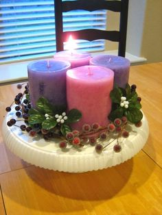 DIY Advent Wreath on a cake pedestal