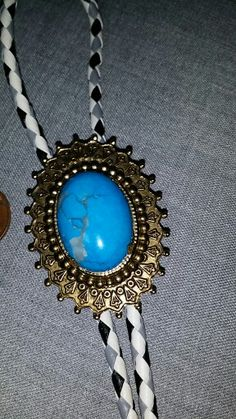 Turquoise bolos
