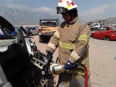 Entrenamiento con Equipo de Rescate GENESIS. EMS México     Equipando a los Profesionales