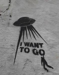 Uncredited Street Art °