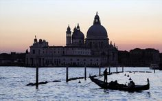 Forget the gondola – researchers have found a new way to see Venice. An international team of scientists is planning to explore the waterways beneath the historic city with swarms of autonomous underwater robots. International Teams, New Life, Underwater, The Row, Taj Mahal, Explore, World, Building, Travel