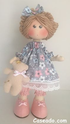 1 million+ Stunning Free Images to Use Anywhere Homemade Kids Toys, Fabric Doll Pattern, Dolly Doll, Embroidery Bags, Fabric Toys, Sewing Toys, Waldorf Dolls, Doll Hair, Crochet Patterns Amigurumi