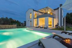 Entire home/apt in Pula, HR. Villa Flora is beautiful modern Villa with private pool near the sea ideal for family with children or friends