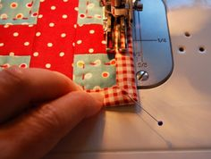 Tutorial on how to bind a quilt completely with the sewing machine.
