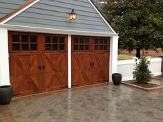 Check out this stylish large garage door - what a clever style and design large.Check out this stylish large garage door - what a clever style and design largegaragedoorWonderful blue garage doors bluegaragedoors - blue Garage Door Trim, Single Garage Door, Wooden Garage Doors, Garage Door Decor, Garage Door Styles, Garage Door Makeover, Garage Door Design, Double Garage, Garage Door Torsion Spring