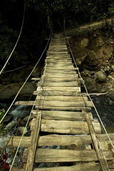 These rickety catwalks aren& for the faint of heart. Places To Travel, Places To Visit, Travel Destinations, Scary Bridges, Rope Bridge, Dangerous Roads, Natural Bridge, Suspension Bridge, Travel Channel
