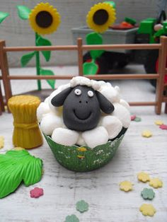 Sheep Cupcakes (german how-to)