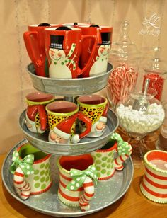 Hot Chocolate Display ;) http://lovelylivings.com/2014/11/29/time-for-hot-chocolate/