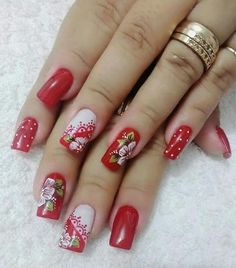 TOP 55 CHRISTMAS NAIL ART DESIGN FOR CHRISTMAS PARTY 2019 - Reny styles