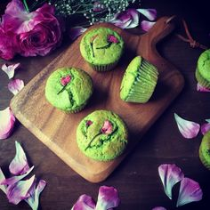 cherryblossom muffin
