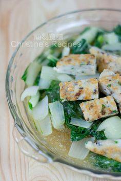 白菜粉絲炆魚餅【媽媽的家鄉菜】Fish Cakes with Stir-fried Bok Choy from 簡易食譜