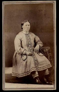 1860s _ No corset and comfy bloomers