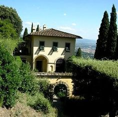 Villa Le Balze, Fiesole- Feel lucky to have studied art at such a beautiful home