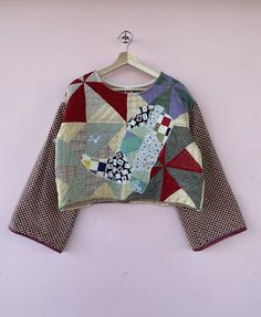 Quilted Jacket, Quilted Coats, Quilted Clothes, Vintage Quilts, Keep Warm, Cowboy Boots, My Style, Sweatshirts, Upcycle