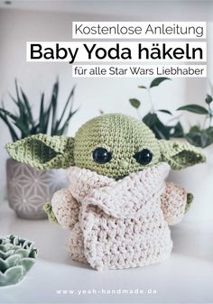 DIY Baby Yoda häkeln – kostenlose Anleitung Thanks yeahhandmade for this post. Crochet Diy, Crochet Gratis, Easy Crochet Patterns, Nice Gifts For Boyfriend, Theme Star Wars, Diy Accessoires, Diy Baby, Free Pattern, Diy And Crafts