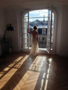 Stunning wedding dresses by Vancouver designer Elika In Love, shot in a Haussmann building in the arrondissement in Paris. The backless wedding dresses look beautiful against Stunning Wedding Dresses, Designer Wedding Dresses, Parisian Apartment, Behind The Scenes, Backless, Photoshoot, Bridal, Luxury, Vancouver