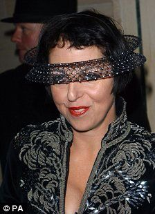 Isabella Blow wearing a Philip Treacy headpiece Philip Treacy f7ccb8d1f583
