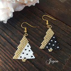 Triple Hoop Earrings in Gold fill, large gold hoop earrings, hammered hoop earrings, delicate hoop earrings, 2 inch hoop earrings - Fine Jewelry Ideas - beaded hoop earrings diy - Beaded Earrings Patterns, Seed Bead Earrings, Simple Earrings, Boho Earrings, Beading Patterns, Beaded Jewelry, Stud Earrings, Diamond Earrings, Fine Jewelry