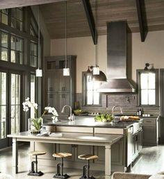 moderne Küche gestalten Ideen Barstühle Essplatz