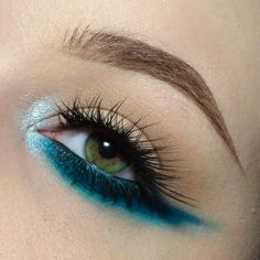 Eye makeup tutorial blue eyes ideas brown eyes green eyes for beginners step by step hazel blue dramatic easy cut crease party eyeliner gold everyday . Makeup 101, Makeup Inspo, Makeup Inspiration, Makeup Brushes, Makeup Looks, Makeup Ideas, Pretty Makeup, Colorful Makeup, Simple Makeup