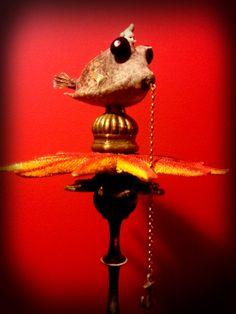 Il Battello Malinconico      La leggenda racconta di un Piccolo Omino, che era solito fare lunghe nuotate nel mare. Anche al largo, perché p...