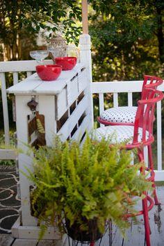 DIY Outdoor Pallet Bar - Restless Arrow