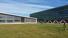 Teaching School of the University of the Basque Country. Closed to the Escuela de Hostelería de Leioa in Leioa, Uribealdea. Teaching Schools, Basque Country, Four Square, University, Countries, School, Community College, Colleges
