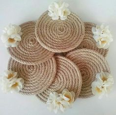 Best 9 21 Beautifully Stylish Rope Projects That Will Beautify Your Life – Stacha Styles – SkillOfKing. Old Cd Crafts, Jute Crafts, Diy Home Crafts, Diy Arts And Crafts, Felt Crafts, Diy Para A Casa, Diwali Diy, Cd Art, Diy Coasters