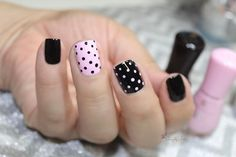 Newest Polka Dot Nails Art That Trending Today Dot Nail Art, Polka Dot Nails, Polka Dots, Gel Manicure Nails, Fun Nails, Manicure Ideas, Acrylic Nails Stiletto, Glitter Nails, Nagellack Design