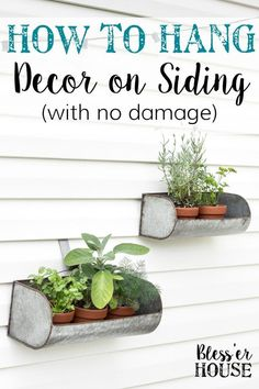 How to Hang Decor on Siding With No Damage | blesserhouse.com - Good tip for making outdoor siding look not so naked! #curbappeal #outdoordecor #blesserhouse