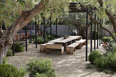dining-gravel-olives-rustic-scott-shrader-mark-adams-gardenista.jpg 2,808×1,872 pixels