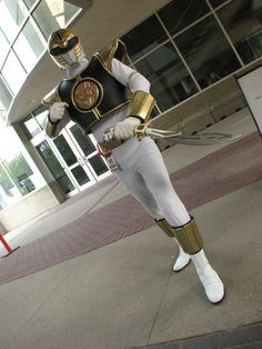 ::White Ranger from Power Rangers:: takes me back Power Rangers Cosplay, All Power Rangers, Mighty Morphin Power Rangers, Cool Costumes, Adult Costumes, Cosplay Costumes, Halloween Costumes, Male Cosplay, Best Cosplay
