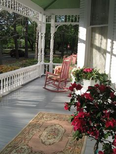 "The perfect front porch of ""The Shabby Little House"" ..."