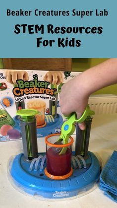 A Beaker Creatures Liquid Reactor Super Lab by Learning Resources is a great piece of kit to support STEM activities for kids. A great piece of kit for learning science at home and doing home science experiments. And can be used to make slime. Activity Games, Stem Activities, Activities For Kids, At Home Science Experiments, Science For Kids, Educational Activities, Learning Resources, Stem For Kids, Parenting Fail
